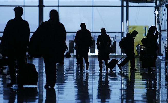 Japonya'dan 4 ülke çıkışlı yolculara 3 gün zorunlu karantina