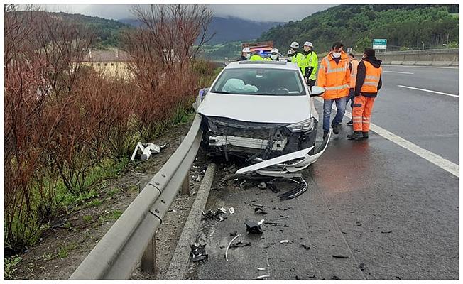 MHP milletvekilleri Kalyoncu ve Karadağ kazada yaralandı