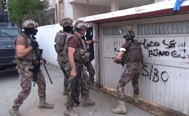 Otoyolda fuhuş vaadiyle dolandırıcılık yapanlara operasyon: 42 gözaltı