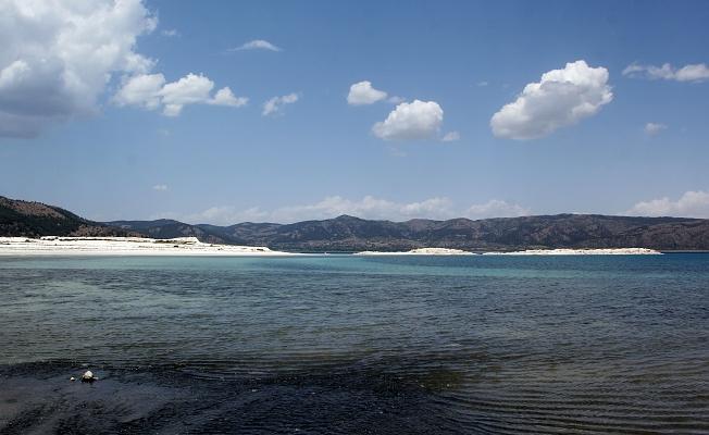 Salda Gölü'nü kirletenler bulundu