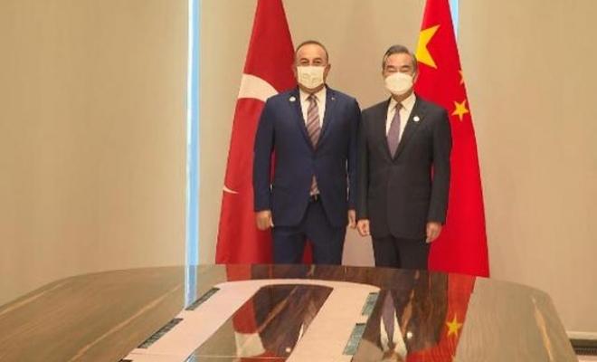 Bakan Çavuşoğlu, Çin Dışişleri Bakanı Yi ile görüştü
