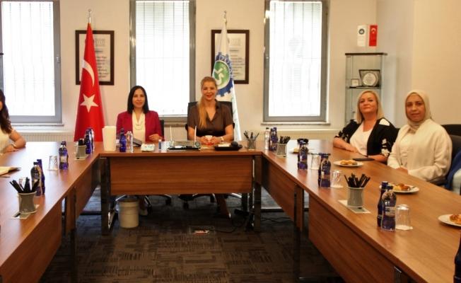 """DOSABSİAD Yönetim Kurulu Başkanı Çevikel: """"Güçlü Ekonomi, Cesur Kadınlarla Mümkün"""""""