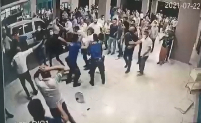 Hasta yakınları polis ve sağlık çalışanlarına saldırdı