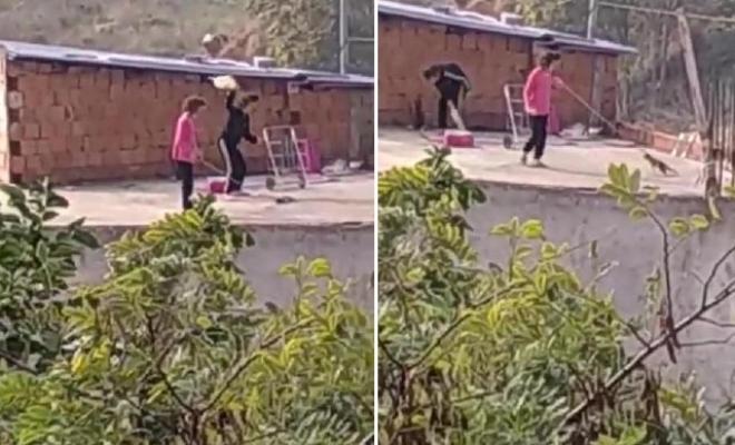 Kediyi iple çatıdan sarkıtıp, süpürge ile vurdular