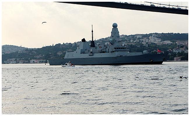 O savaş gemisi Karadeniz'den ayrıldı