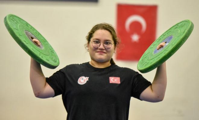 Rekortmen haltercinin hedefi ikinci Avrupa şampiyonluğu