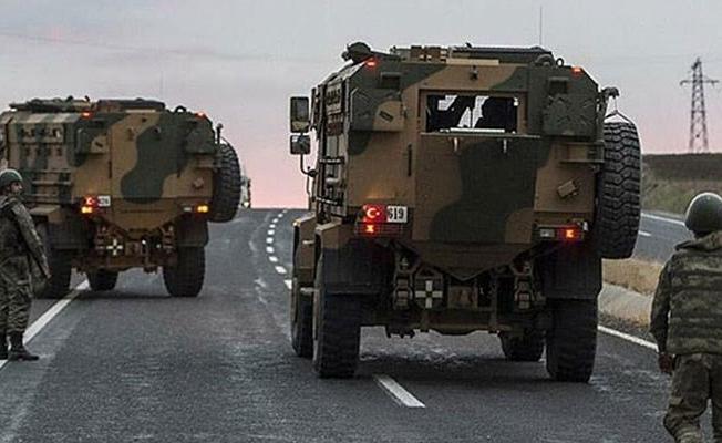 Siirt'te, askeri aracın geçişi sırasında patlama