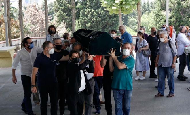 Yönetmen Mehmet Dinler son yolculuğuna uğurlandı