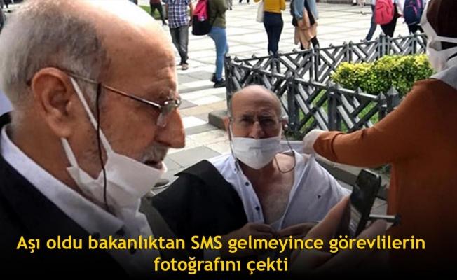Aşı oldu bakanlıktan SMS gelmeyince görevlilerin fotoğrafını çekti