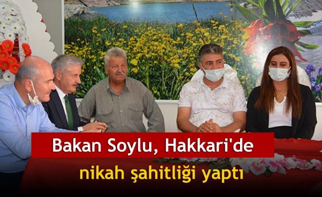 Bakan Soylu, Hakkari'de nikah şahitliği yaptı