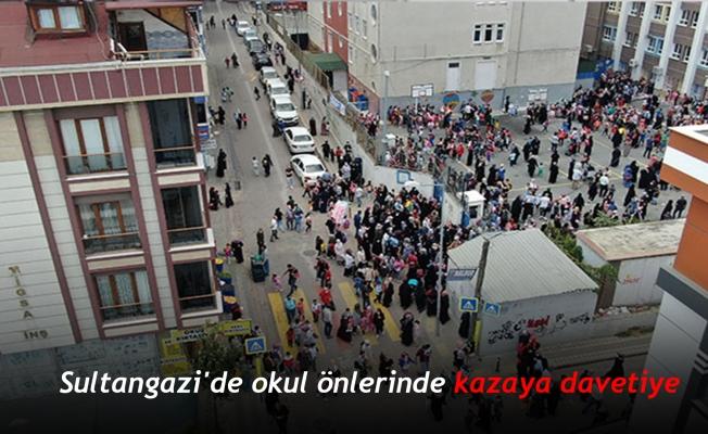 Sultangazi'de okul önlerinde kazaya davetiye