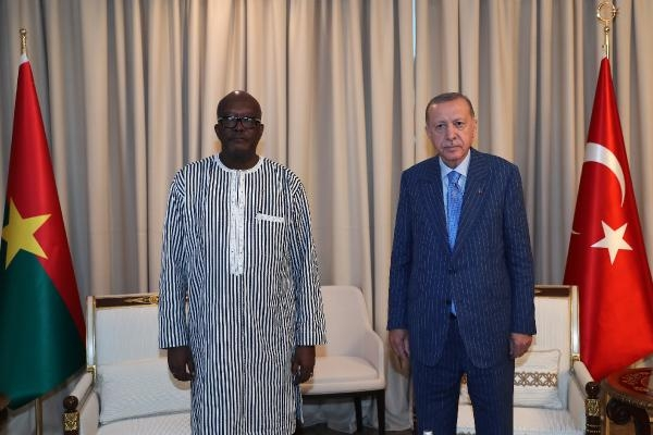 Cumhurbaşkanı Erdoğan, Burkina Faso Devlet Başkanı Kabore ile görüştü