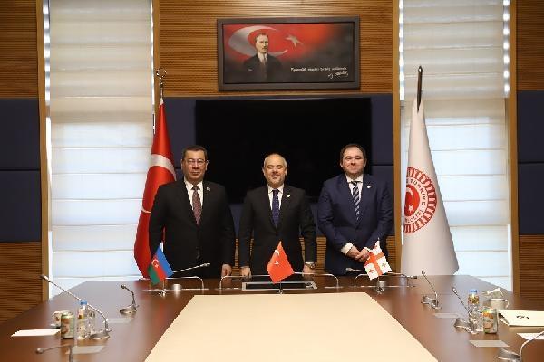 Dışişleri Komisyonu Başkanı Kılıç, Azerbaycan ve Gürcistanlı mevkidaşlarıyla görüştü