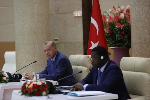 Erdoğan: Togo'nun FETÖ ile mücadeledeki desteği takdire şayandır