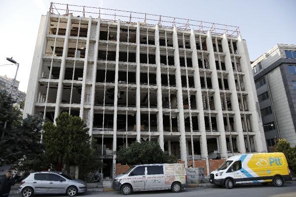 Hırsızların hedefi olan Reza Zarrab'ın eski holding binasına duvarlı önlemi
