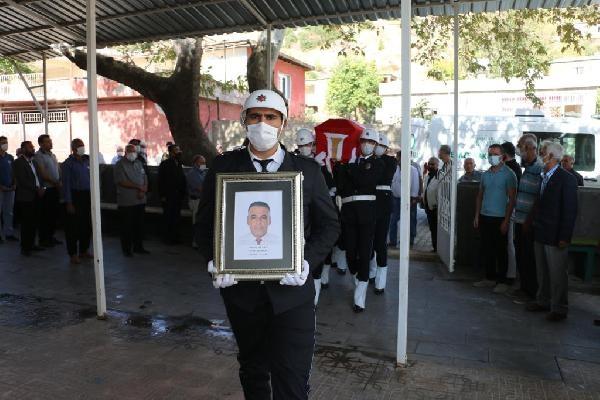 Kanserden ölen polis memuru son yolcuğuna uğurlandı