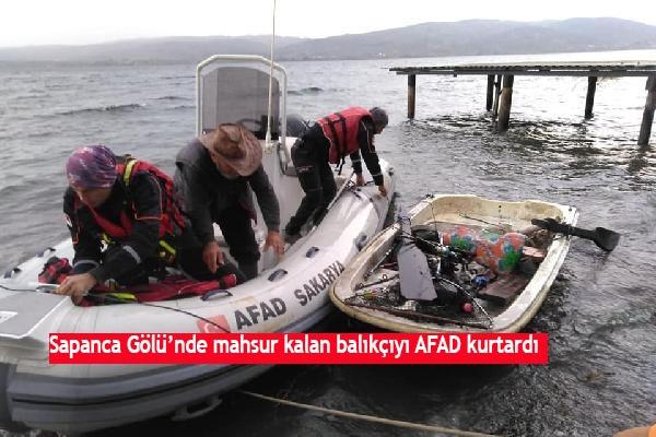 Sapanca Gölü'nde mahsur kalan balıkçıyı AFAD kurtardı