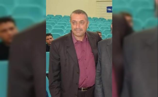 Tarsus'ta, MHP ilçe sekreterinin aracına silahlı saldırı