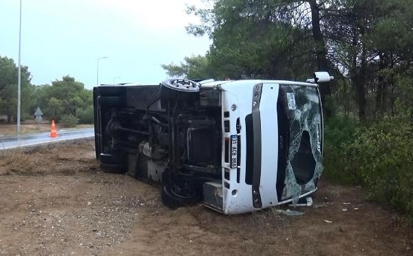 Tour bus overturned in Manavgat, 8 injured
