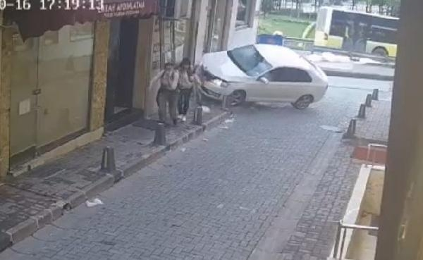 Tourists walking on the pavement in Beyoglu narrowly escaped the accident