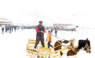 Kahramanmaraş'ta atlı kızak yarışı