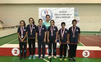 Osmangazi Belediyespor Badminton'da da lider