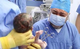 Mustafa Uslu, aynı gün hem baba hem de dede oldu!