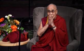 Dalay Lama hastaneye kaldırıldı