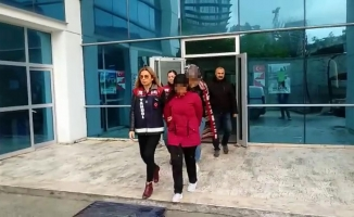 'Tek taş' lakaplı soyguncu kızlar yakalandı