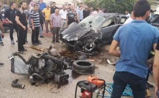 Bursa'da akılalmaz kaza! Motor yola savruldu