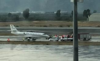 Özel uçak pistten çıktı... Havalimanı ise uçuşlara kapatıldı