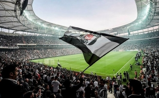 Beşiktaş'ta forma reklam sponsorluğu yenilendi