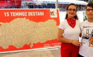 Harçlıklarıyla 15 Temmuz anısına Türkiye haritası yaptılar