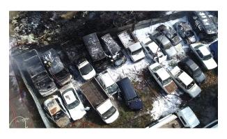 Otoparkta yangın: 24 araç kullanılamaz hale geldi