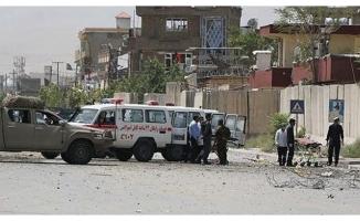 Afganistan'da camiye bombalı saldırı! .