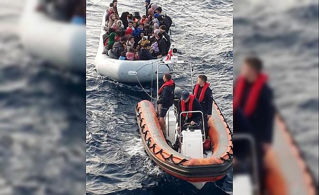 Didim ve Kuşadası açıklarında 157 kaçak göçmen yakalandı