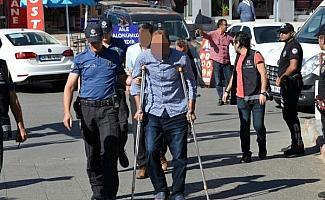 Silah kaçakçılığı operasyonunda 5 tutuklama