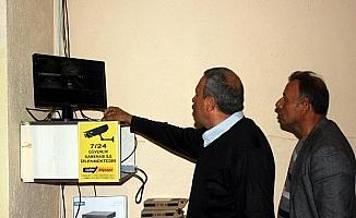 Köyde hırsızlık olaylarına karşı kameralı önlem