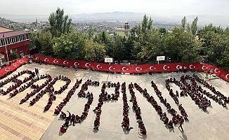 Lise öğrencilerinden 'Barış Pınarı' harekatına destek
