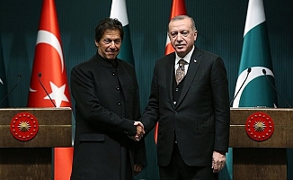 Pakistan Başbakanı Han'dan 29 Ekim mesajı