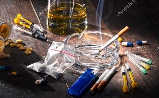 Uyuşturucu ve Alkol Bağımlılığı ile Ünlüler