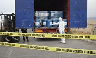 Van'da sınır kapısında 18 ton siyanür ele geçirildi