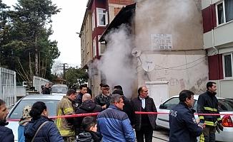 2 katlı müstakil ev alev alev yandı