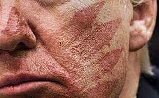 Hamaney'den Trump'a fotoğraflı mesaj