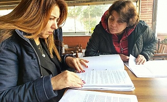 Sendikadan ihraç edilen öğretmenler hukuka gidiyor