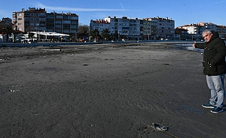 Tekirdağ'da deniz çekildi