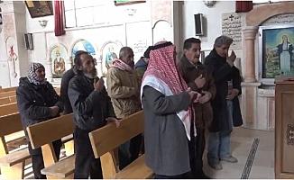 Barış Pınarı bölgesinde halk, ibadetini özgürce yapıyor
