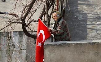 """Belediyeden vatandaşlara """"Türk Bayrağı"""" anonsu"""