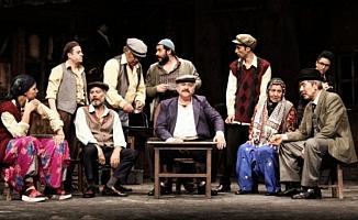 Bursa'da tiyatro rüzgarları esecek