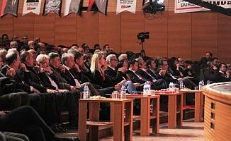CHP Bursa İl Kongresinde protokol krizi!
